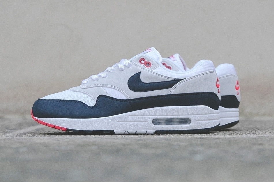chaussure homme nike air max one