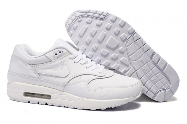 Soldes > nike air max blanche homme > en stock